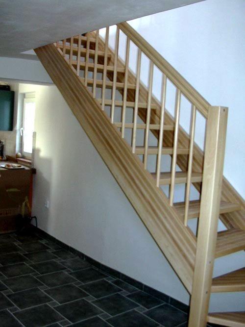Деревянные лестницы на заказ Красивые резные лестницы из