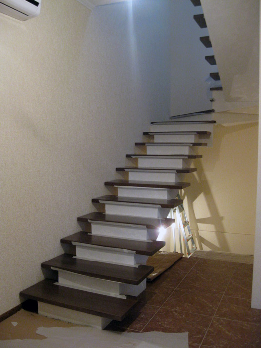 Бетонная лестниц с забежными ступенями своими руками